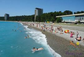Пляж Пицунды, Абхазия